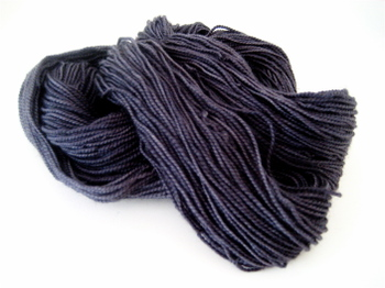 Charcoal_yarn