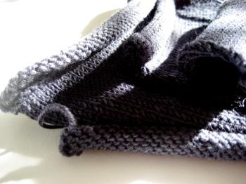 Navy_knit